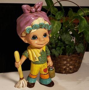 Vintage Chalkware Figurine